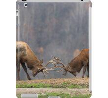 Elk in a fight iPad Case/Skin