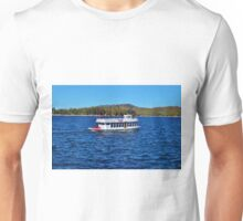 FUN DAY TOUR ON LAKE ARROWHEAD Unisex T-Shirt
