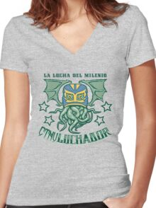 EL CTHULuchador Women's Fitted V-Neck T-Shirt