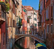 Italy. Venice. Reflection. by vadim19
