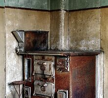 22.10.2014: Rusty Oven by Petri Volanen