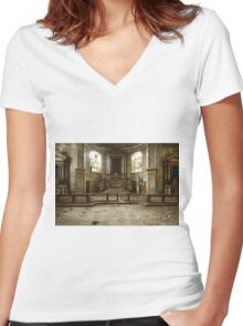 Solitary Church Women's Fitted V-Neck T-Shirt
