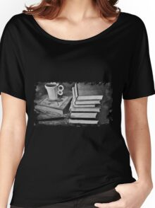 BOOKS AND COFFEE Women's Relaxed Fit T-Shirt