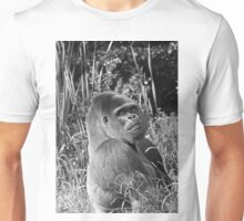 """A gorilla """"Silver Back"""" (10 n&b) (h) who is the star of the day .... Unisex T-Shirt"""
