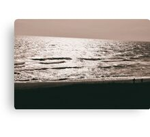Sharp Waves Canvas Print