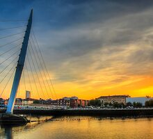Millennium bridge Swansea by leightoncollins