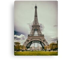 Tour Eiffel in Paris Canvas Print
