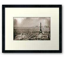 Tour Eiffel in Paris Framed Print