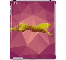 beautiful polygonal guepard  on a pink background iPad Case/Skin