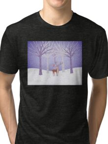 Deer - Squirrel - Winter - Snow - Forest T-shirt Chiné