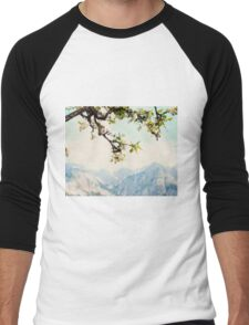Apple Blossoms and Mountains  Men's Baseball ¾ T-Shirt