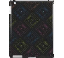Sega Saturn outlines (black) iPad Case/Skin