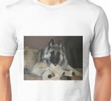 2015 Tervueren with Teddy toy Unisex T-Shirt