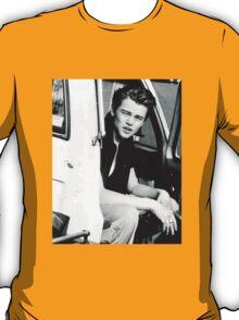 Leo DiCaprio - 90's T-Shirt