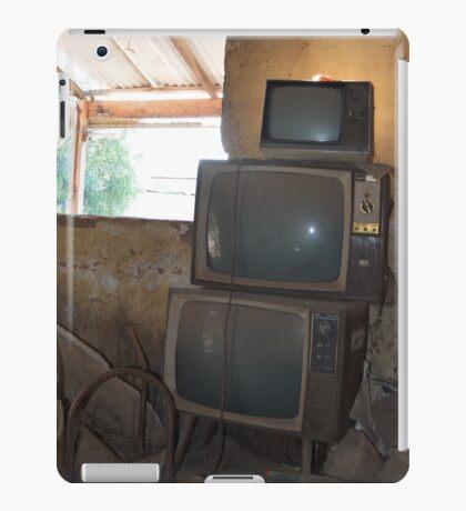 Old Skool TV iPad Case/Skin