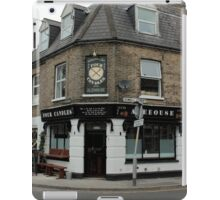 Four Candles Ale House iPad Case/Skin