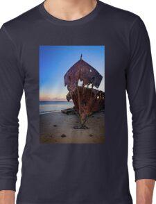 Rusting Bow of the HMQS Gayundah Long Sleeve T-Shirt