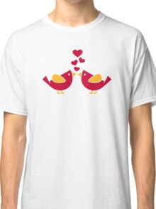 Birds love hearts Classic T-Shirt