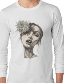 Katty with the big white flower Long Sleeve T-Shirt