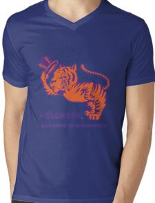 a clemson tiger Mens V-Neck T-Shirt