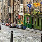 Niddry St. Edinburgh, Scotland by fotosic