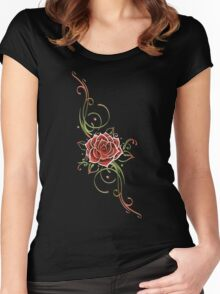Große Rosenblüte mit Tribal, floral Women's Fitted Scoop T-Shirt