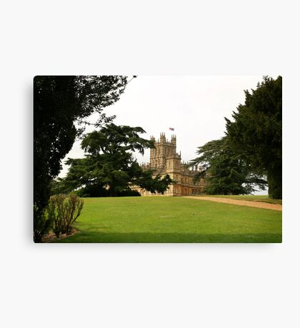 Downton abbey house and grounds Canvas Print