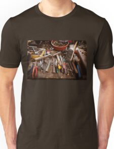 Toolbox in old garage - retro style with vignette Unisex T-Shirt