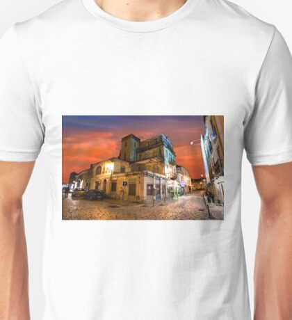 quiet night. Paço D'Arcos. Unisex T-Shirt