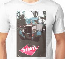 "Unique and rare 1980 Race Trucks France 1 (c) (h) "" fawn paint Picasso ! Olao-Olavia by Okaio Créations Unisex T-Shirt"