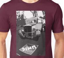 "Unique and rare 1980 Race Trucks France 1 (n&b) (h) "" fawn paint Picasso ! Olao-Olavia by Okaio Créations Unisex T-Shirt"