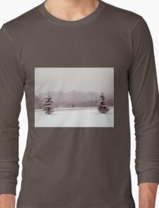 winter tree scene Long Sleeve T-Shirt