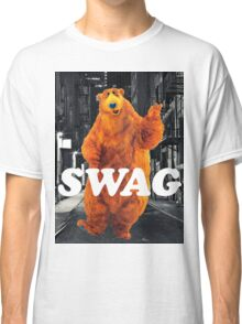Bear in the hoodSwag Classic T-Shirt