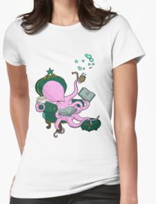 Mister Octopus reads a good book Womens Fitted T-Shirt