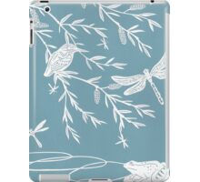 Blue Willow Paper Cutting iPad Case/Skin
