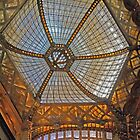 The ceiling in Parisi Udvar by Graeme  Hyde