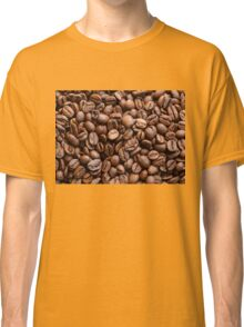Coffee beans background Classic T-Shirt