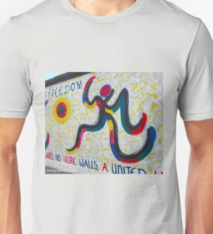 No more walls Unisex T-Shirt