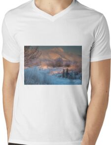 Twin Peaks In Morning Glory Mens V-Neck T-Shirt
