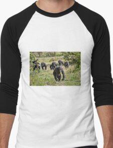 running group of common Chimpanzees Men's Baseball ¾ T-Shirt