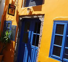 Crazy, Colourful Streets by Francis Drake