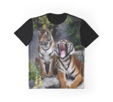 screaming tiger Graphic T-Shirt