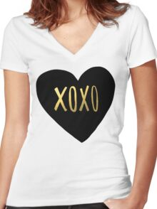 XOXO Heart Women's Fitted V-Neck T-Shirt