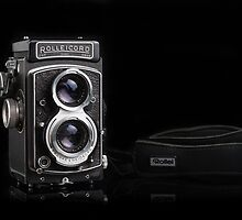 Rolleicord V (1954–1957) by Jane McLoughlin