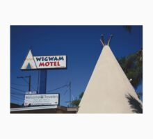 Route 66 - Wigwam Motel T-Shirt