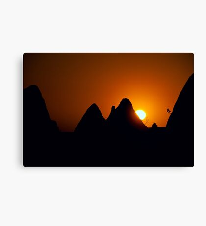 Pinnacles Sunset Canvas Print