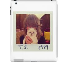 Alternative 1989 cover iPad Case/Skin