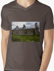 Ruined Cottage at Cashelnagor, County Donegal, Ireland Mens V-Neck T-Shirt