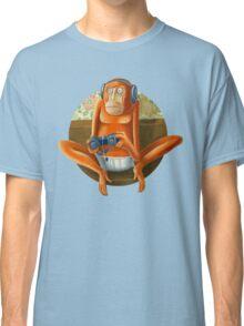 Monkey play Classic T-Shirt