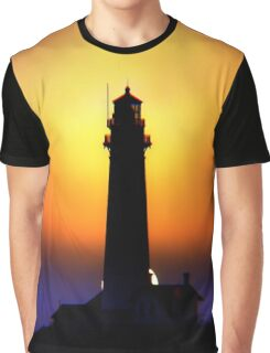Pigeon Point Lighthouse prepares for another Night of Work Graphic T-Shirt